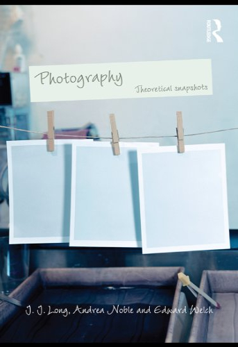 Photography-Theoretical-Snapshots | Uniandes
